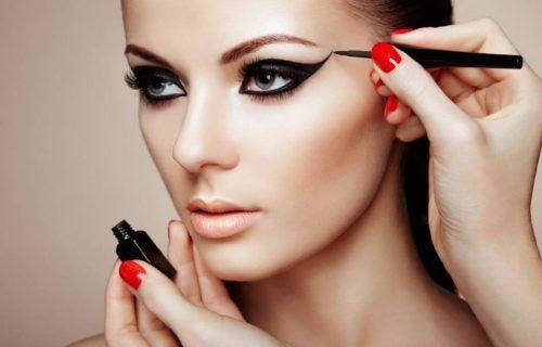 Правильный макияж: 7 секретов для вашей красоты