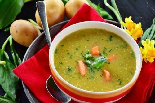 Испанский суп с хамоном
