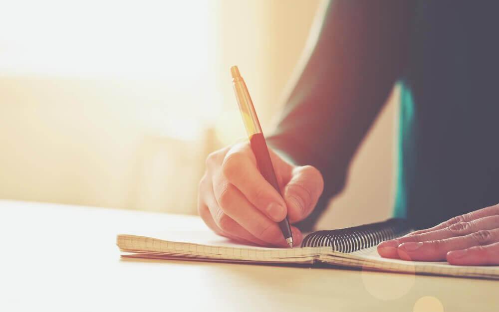 Как писать об эиоциях