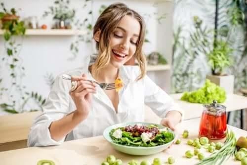 Салат и здоровое питание
