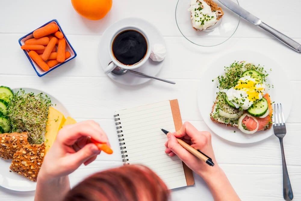 Как побороть тягу к пище и похудеть