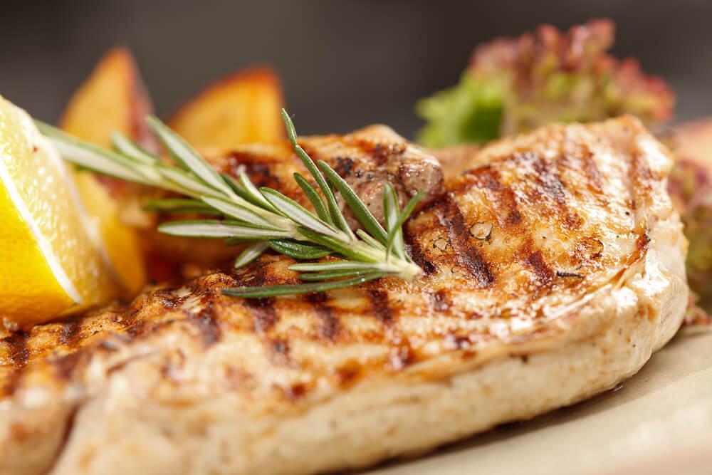 Как приготовить куриную грудку? 3 полезных рецепта!