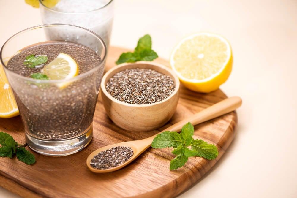 Помогает ли похудеть вода с лимоном и льняным семенем?