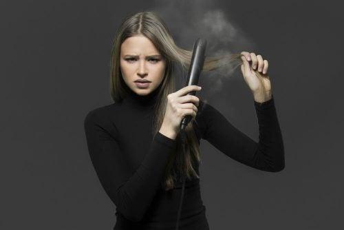 Как выпрямить волосы без утюжка: 4 средства