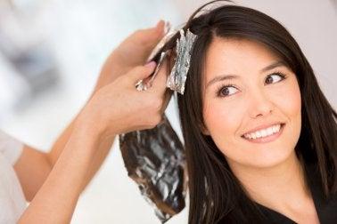 5 домашних решений, если нужно смыть краску с волос