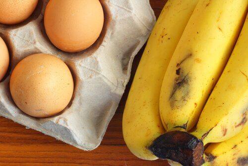 Банановый хлеб с яйцами