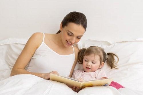 Читать книги с ребенком