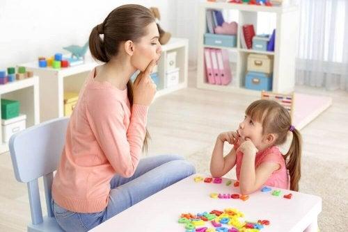 Дети с нарушениями речи: 6 упражнений для коррекции