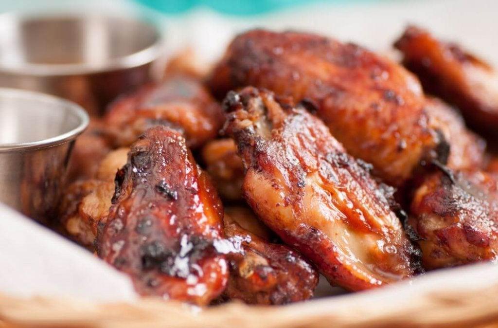 Как вкусно приготовить острые куриные крылышки