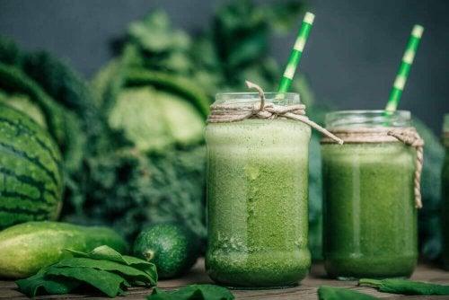 Зеленые смузи: ключевой элемент сбалансированной диеты