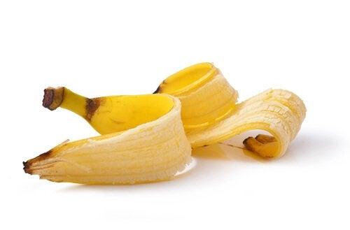 Банановая кожура для лечения бородавок