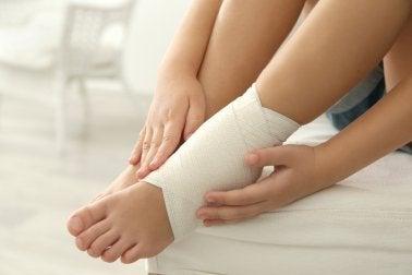 Вывих лодыжки: 5 домашних средств против боли