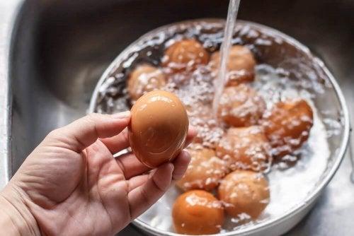 Фаршированные яйца и как их мыть