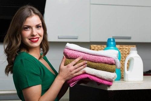 Как приготовить домашний кондиционер для полотенец?