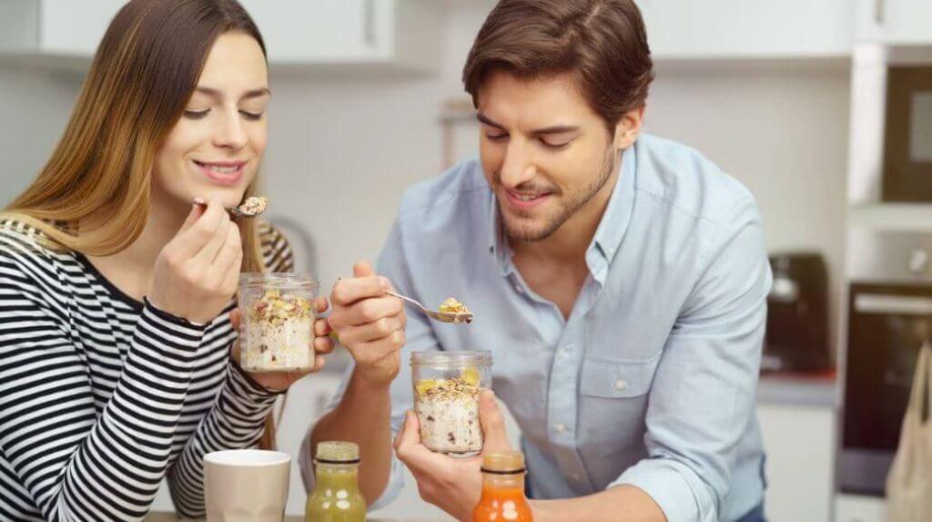 Полезные смузи с овсяным молоком: лучшие рецепты