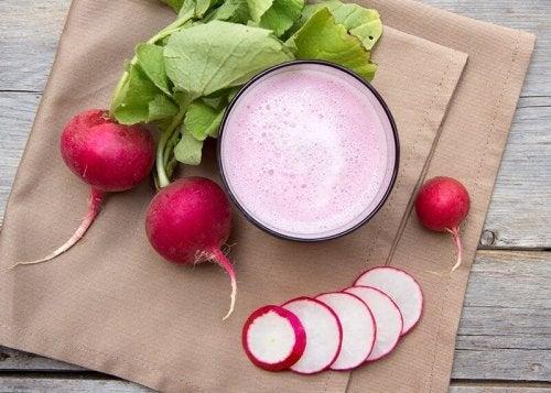 рецепт овощных напитков из редиса