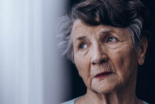 Деменция: как облегчить жизнь человеку с этим диагнозом?