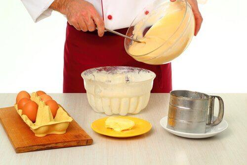 Как приготовить торт с кремом