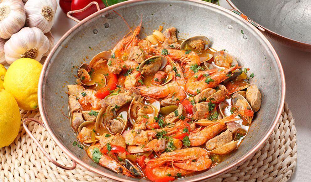 Паэлья из морепродуктов