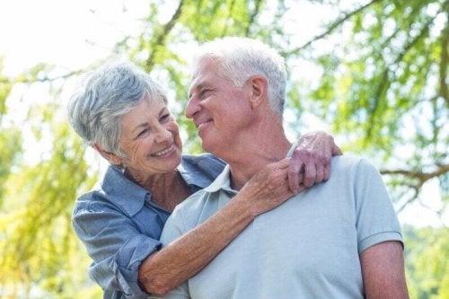 Аурикулотерапия для лечения пожилых людей