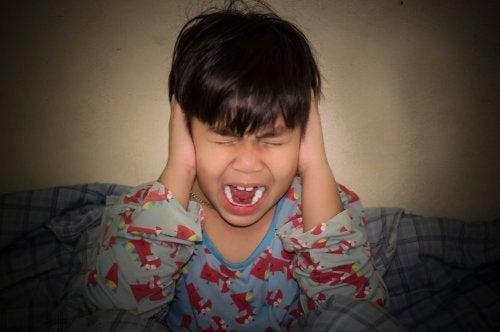 Истерики у детей: 5 советов родителям, как их избежать