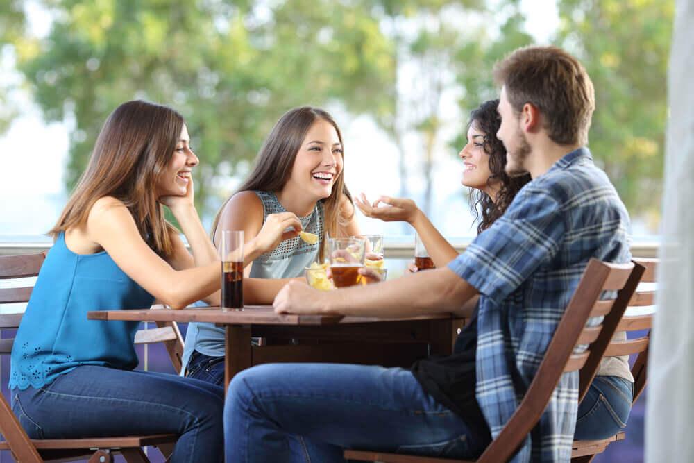 Друзья помогают справляться со стрессом