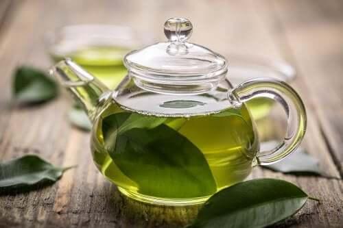Зеленый чай поможет при лечении гастрита
