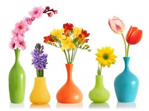 Краски в аэрозоле для окраски ваз