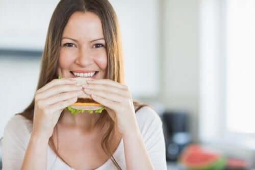 Здоровый завтрак для сбалансированной диеты