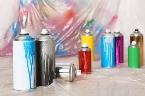 Аэрозольные краски: обновите свой интерьер!