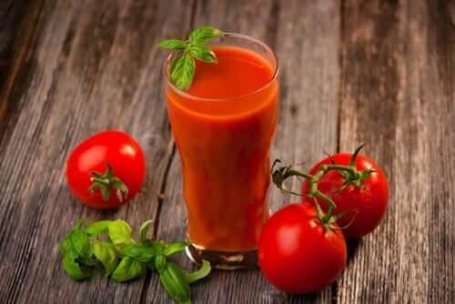 Томатный сок поможет не получить солнечный удар