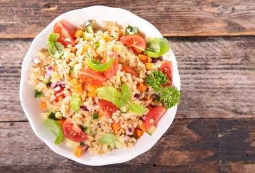 Вегетарианская диета и салат киноа