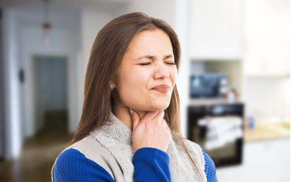 Нарушение глотания и симптомы