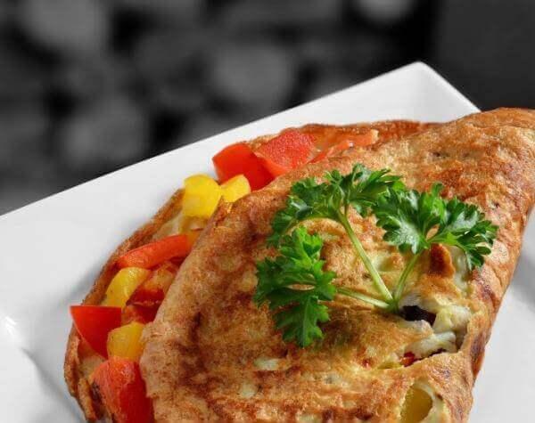 Как приготовить омлет с овощами