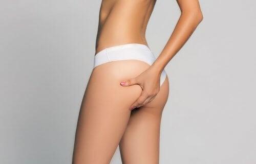 Проблемные зоны женского тела: как проработать ягодицы и бедра