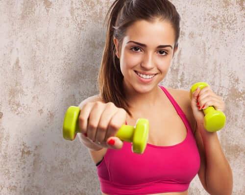 Проработать проблемные зоны силовыми упражнениями