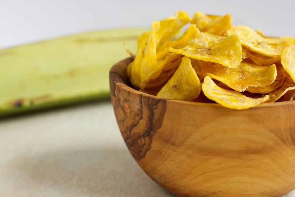 Овощные чипсы здоровые снэки