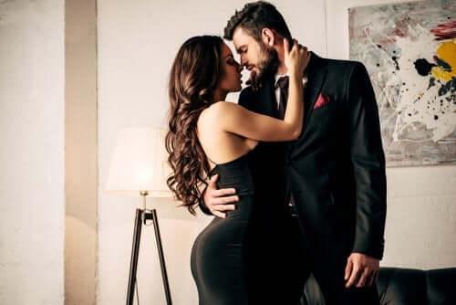 Как поддерживать страсть в отношениях