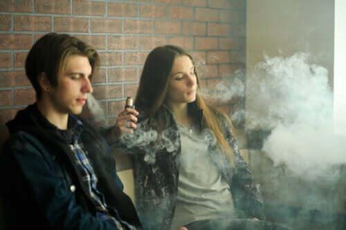 Электронные сигареты: так ли они безопасны?