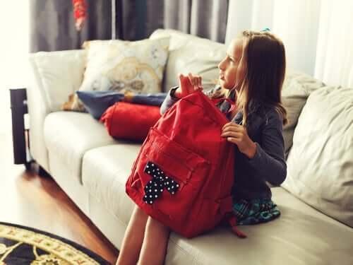Школьные рюкзаки у девочек