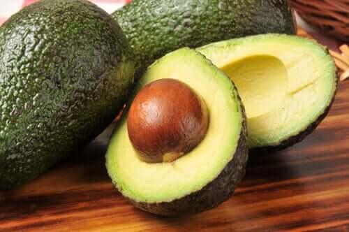 Авокадо поможет понизить холестерин