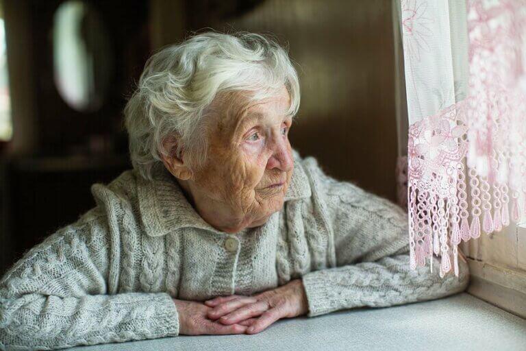 Пожилые люди: как им стоит относиться к карантину?