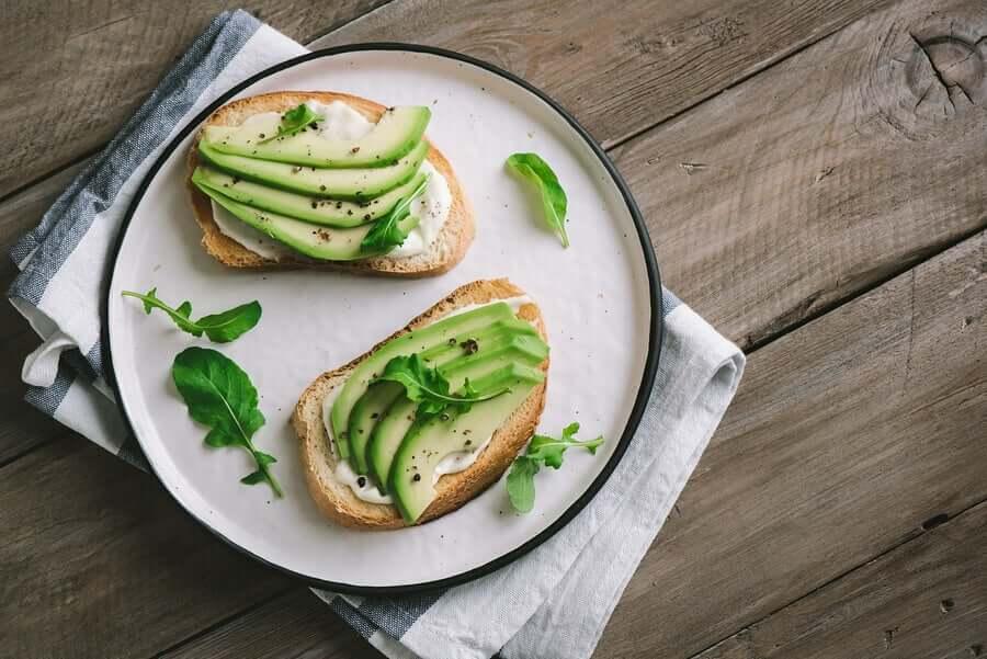 Веганский сыр с авокадо и орегано: вкус и польза!