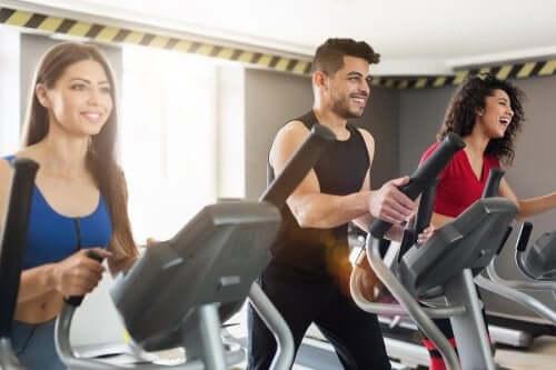 5 упражнений, которые не навредят суставам!