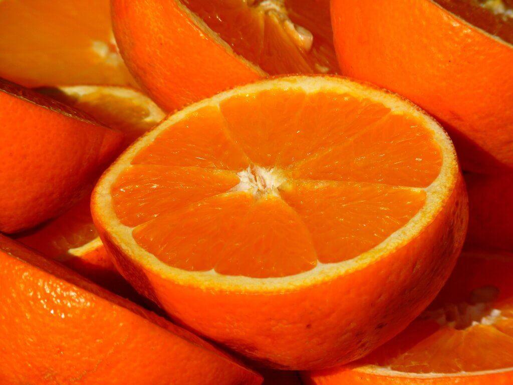 Апельсин - один из самых полезных продуктов