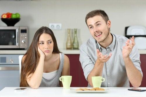 5 признаков того, что ваш партнер эгоцентрик