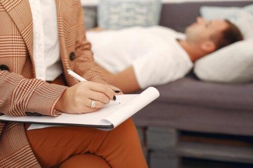 Почему психологи тоже ходят на терапию?