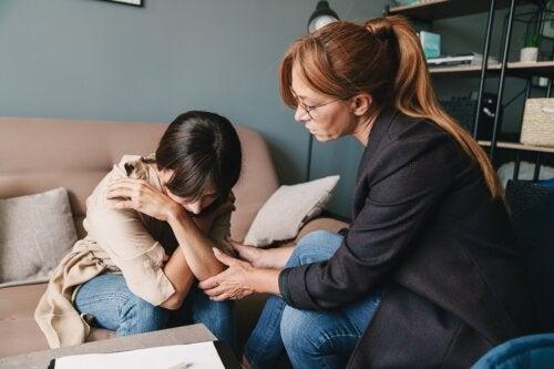 Что такое межличностная терапия и когда она рекомендуется?