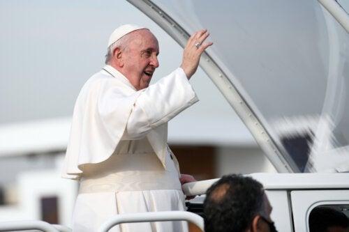 Дивертикулярный стеноз толстой кишки: заболевание, которым страдает Папа Франциск