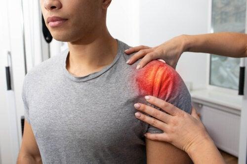 Тендинит плеча: симптомы, причины и лечение